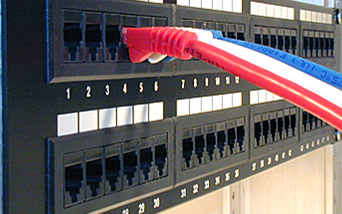 South shore Montreal telecommunication structured wiring